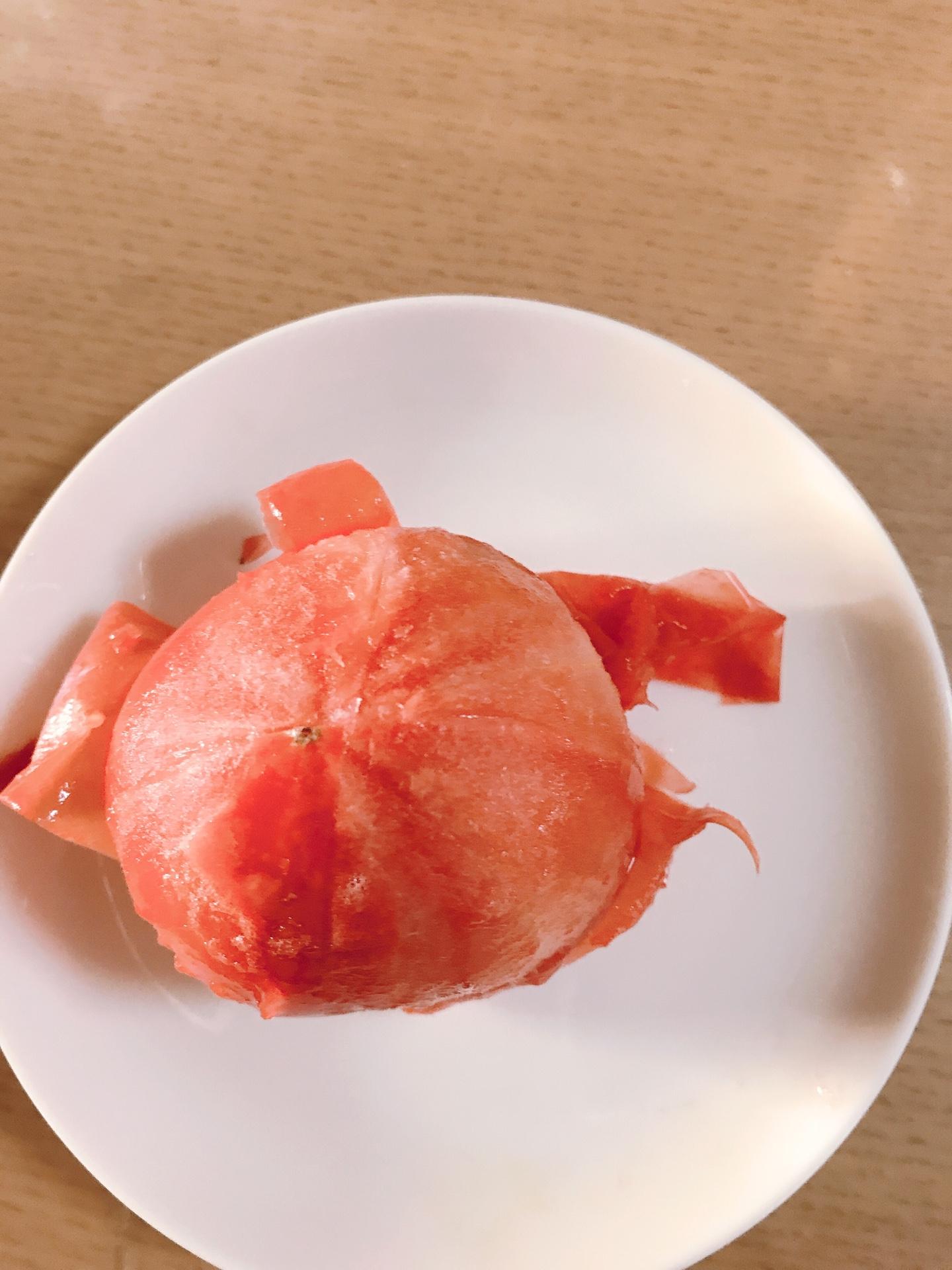 冷凍フルーツトマト皮むき