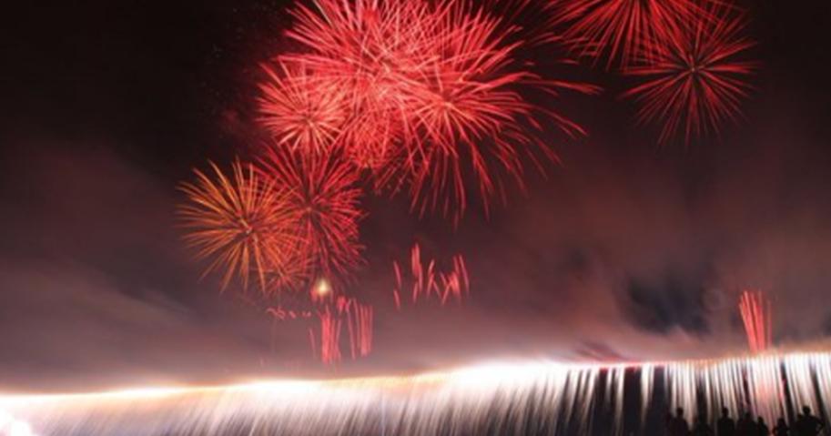 諏訪湖湖上花火大会ナイヤガラ