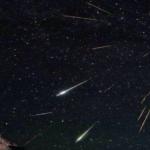 ペルセウス流星群画像