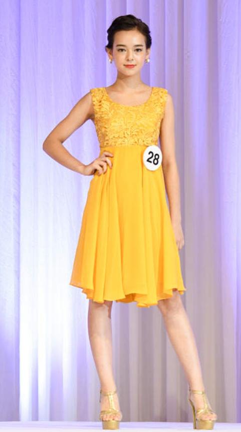 世良マリカ黄色ドレス