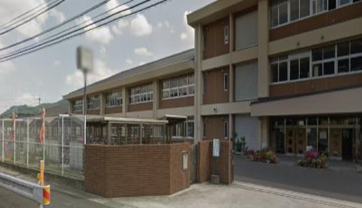 久世中学校